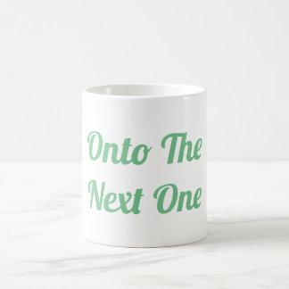 Auf die folgende Tasse