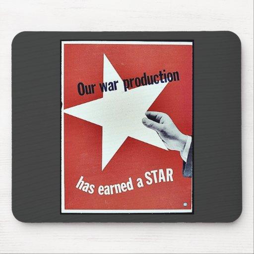 Auf Krieg hat Produktion einen Stern erworben Mousepad