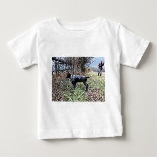 Auf Punktwelpen Baby T-shirt