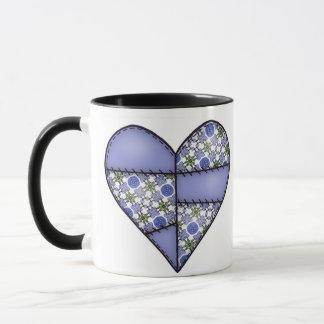 Aufgefülltes gestepptes genähtes Herz-Blau Tasse