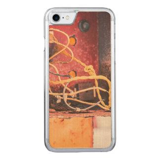 Aufgegebener Kasten Carved iPhone 8/7 Hülle