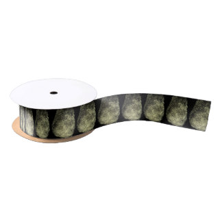 Aufgehobener Schleifen-Fingerabdruck Satinband