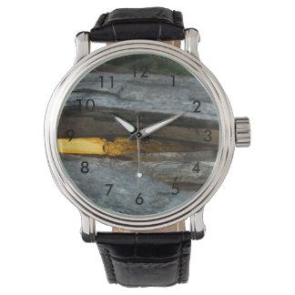 Aufgeteilte Schiene abstrakt Armbanduhr