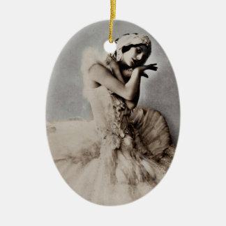 Aufgeworfenes en Pointe Ovales Keramik Ornament