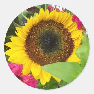 Aufkleber: Sonnenblume-Blumenstrauß Runder Aufkleber
