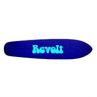 Aufruhr - cyan-blau auf dunkelblauem 20,6 cm skateboard deck