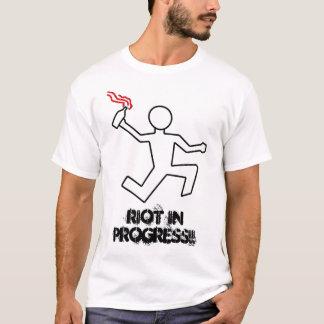 Aufstand laufend (laufende Aufstand-T-Shirts) T-Shirt