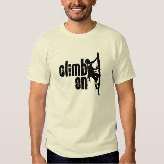 Aufstieg an T-Shirts