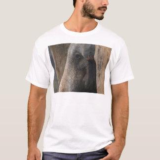Auftauchen von den Felsen T-Shirt