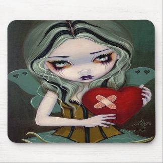 Ausbessern ein defektes Herz gotischen feenhaften Mousepad