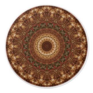Ausführliches Brown und grüne Mandala Keramikknauf