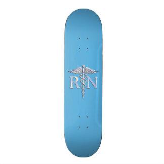 Ausgebildete Krankenschwester RN silberner Skateboarddeck