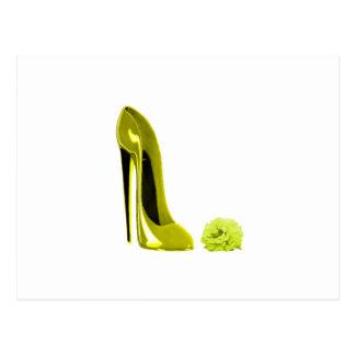 Ausgereifter gelber Stilett-Schuh und Rose Postkarten