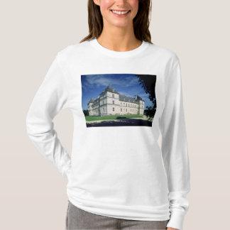 Äußeres des Chateaus, errichtetes c.1546 T-Shirt