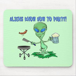 Außerirdische-Party Mousepad