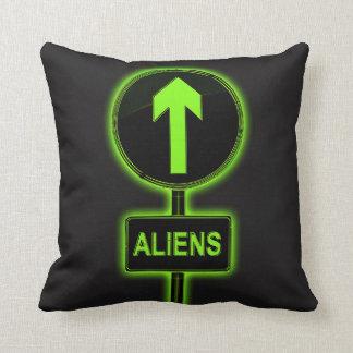 Außerirdischekonzept Kissen