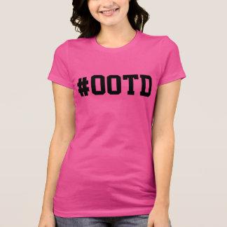 Ausstattung des Tag#OOTD T-Shirt