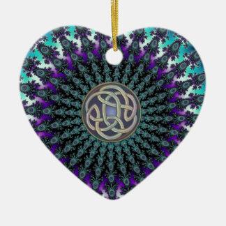 Ausstrahlen des FraktalMandalaGrungeceltic-Knotens Keramik Herz-Ornament