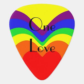 Ausstrahlen des Stolzes des Regenbogen-Herz-eins Plektrum