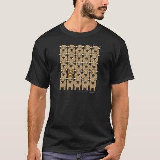 Australischer Vieh-Hund in der Herde T-Shirt