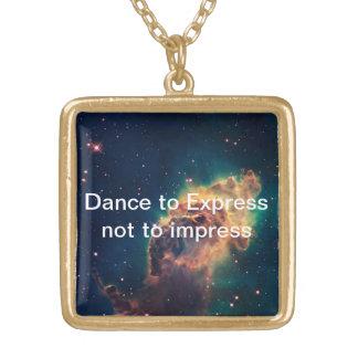 Auszudrücken Tanz Halskette Mit Quadratischem Anhänger