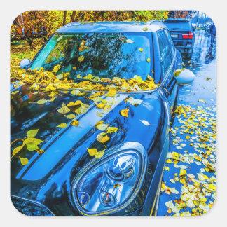 Automobil, Auto - Jahreszeit des gefallenen Quadratischer Aufkleber