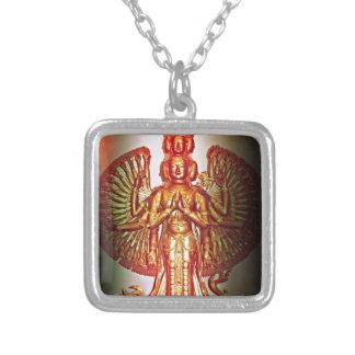 Avalokiteśvara Versilberte Kette