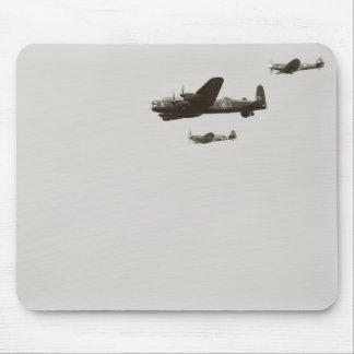 AVRO Lancaster - Supermarine SpitfireMausunterlage Mousepad