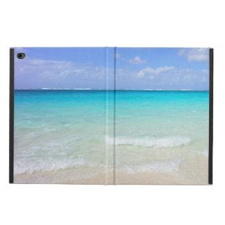 Azurblauer blauer karibischer tropischer Strand