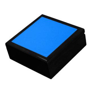 Azurblauer Normallack fertigen es besonders an Schmuckschachtel