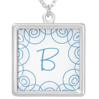 """""""B-"""" Initiale in der blauen Rolle auf Weiß, Spaß-E Selbst Gestaltete Halskette"""