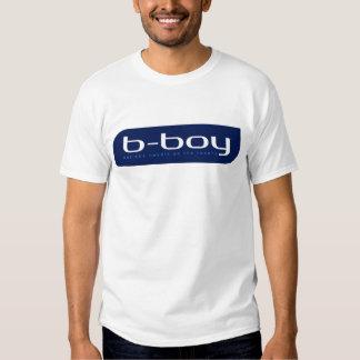 B-Junge (blau) T Shirts