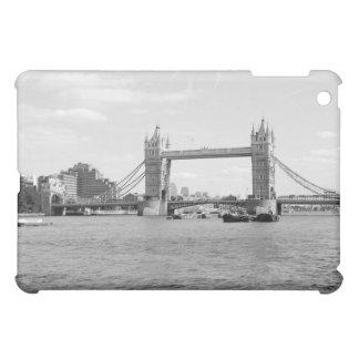 B/W iPad Fall von der Turm-Brücke London iPad Mini Hülle