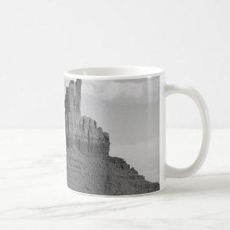 B&W Monument-Tal 5 Kaffeetasse
