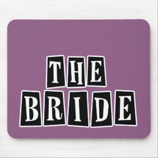 B&W Retro Briefmarke - die Braut Mauspads