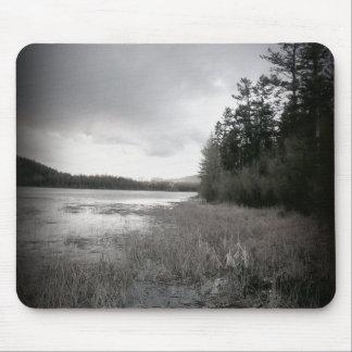 B&W See-Sumpf-Landschaft Mauspads