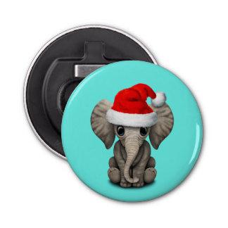 Baby-Elefant, der eine Weihnachtsmannmütze trägt Flaschenöffner