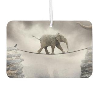Baby-Elefant-Wege das Drahtseil Lufterfrischer