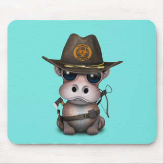Baby-Flusspferd-Zombie-Jäger Mousepad