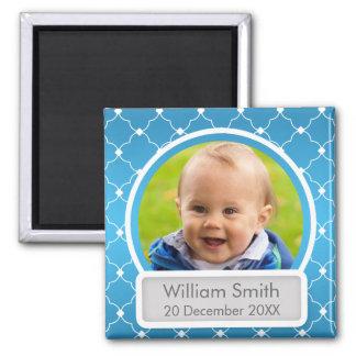 Baby-Foto mit Name u. Datum Quatrefoil Blau Quadratischer Magnet