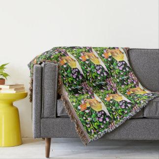 Baby-Häschen in der lila Blumenthrow-Decke Decke