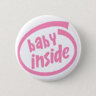 Baby innerhalb des Knopfes - Rosa Runder Button 5,1 Cm