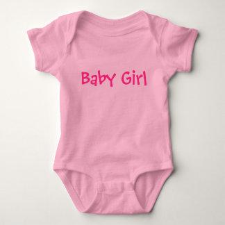 Baby-kundengerechter rosa Text auf hellerem Rosa Baby Strampler