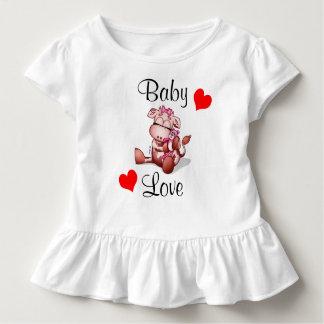 Baby-Liebe - Baby-Kuh, die einen Teddy-Bären hält Kleinkind T-shirt