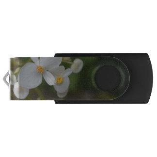 Baby mit Blumen USB Stick