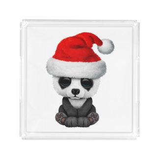 Baby-Panda-Bär, der eine Weihnachtsmannmütze trägt Acryl Tablett