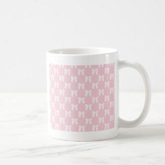 Baby-Rosa-Pastell mit weißen Bögen Kaffeetasse