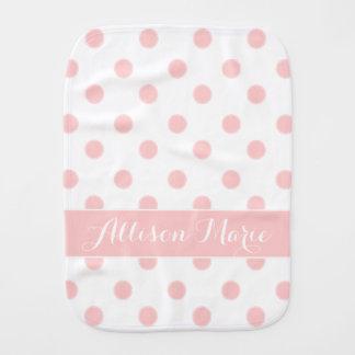 Baby-Rosa-Polka-Punkte auf weißem personalisiertem Baby Spucktuch