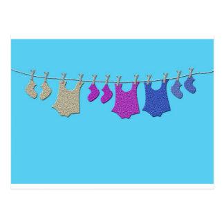 Baby-Wäscheleine Postkarte