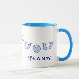 Baby-Wäscherei ist es ein Junge! Personalisiert Tasse